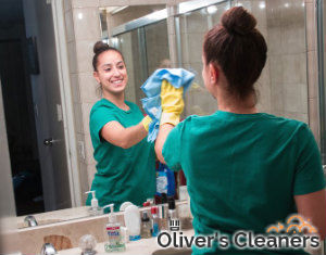 bathroom-cleaning-hampstead