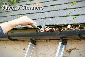 professional-gutter-clenaers-hampstead